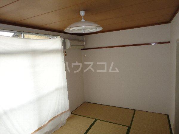 コーポサングリーン 205号室のベッドルーム