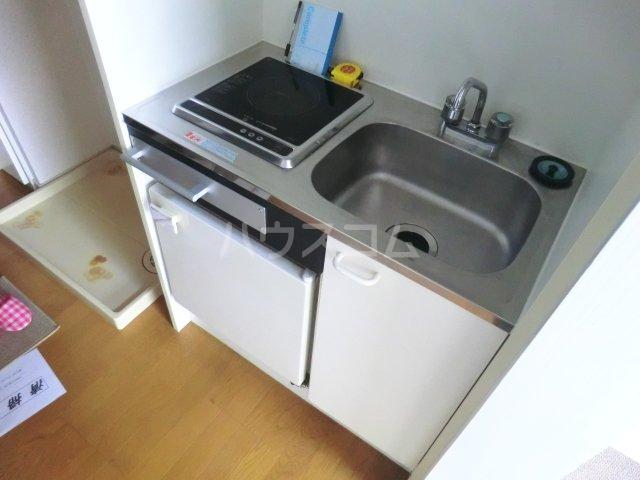 FALCON 202号室のキッチン