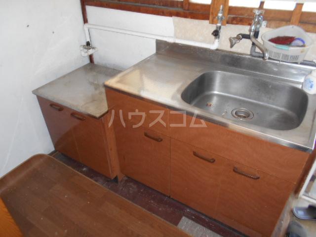 日の出荘 6号室のキッチン