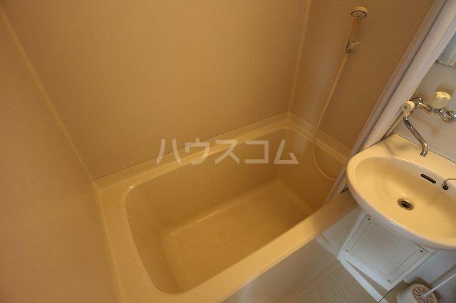 LAPUTA Ⅰ 203号室の風呂