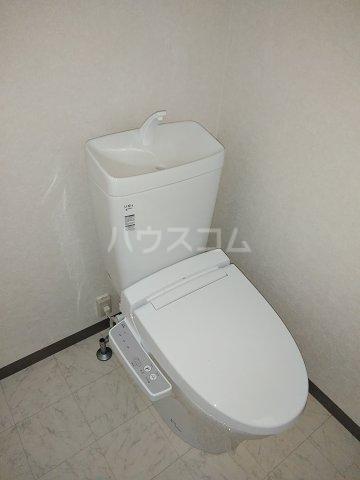 第2谷口ビル 202号室のトイレ