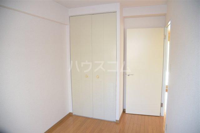 蕨スカイマンション 608号室のベッドルーム