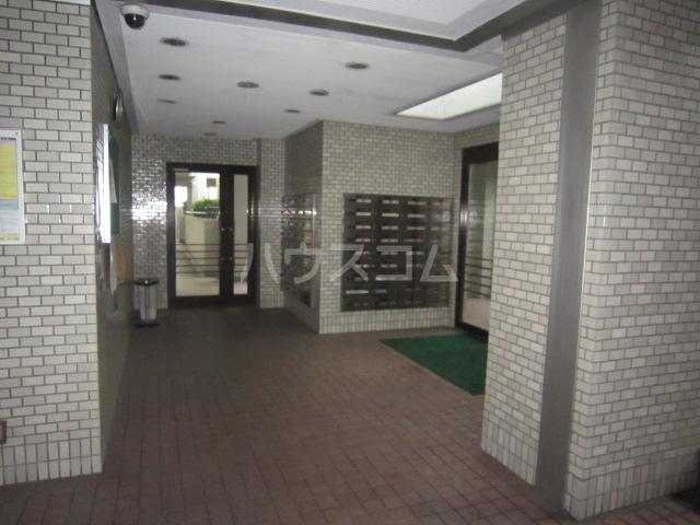 蕨スカイマンション 608号室のロビー