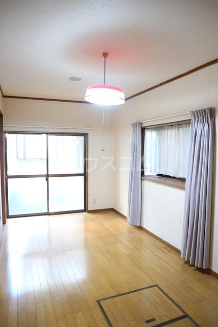 塚越2丁目戸建のベッドルーム
