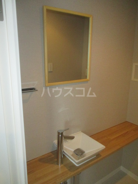 コート荻窪 306号室の洗面所
