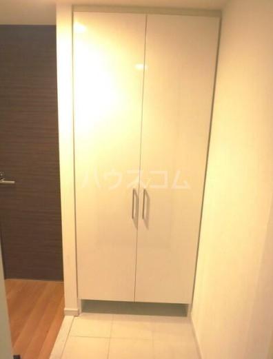 CASSIA新高円寺 508号室の玄関