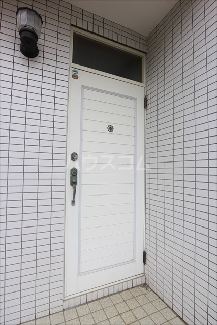 プライムハウスの玄関