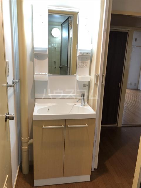 中村ハイツ 105号室の洗面所