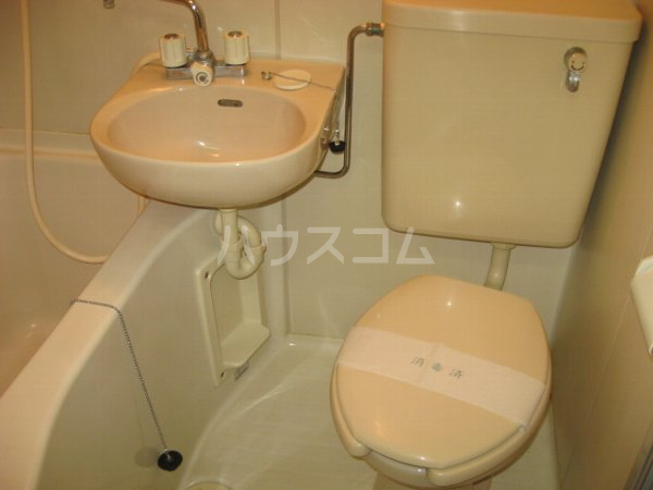 サンクレスト 105号室のトイレ