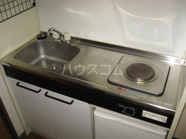 サンクレスト 207号室のキッチン