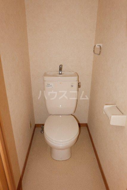 セントローレンス 103号室のトイレ