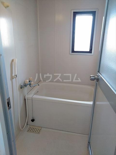 リバーサイドパーク 503号室の風呂