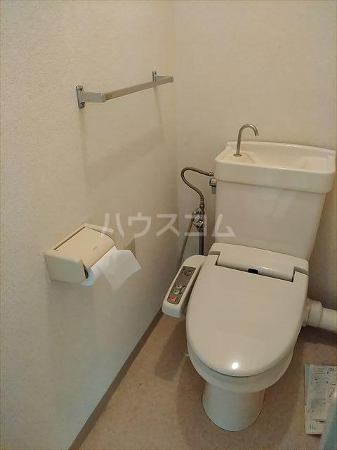 リバーサイドパーク 503号室のトイレ