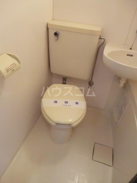 フォアウィンズ南本町 102号室のトイレ