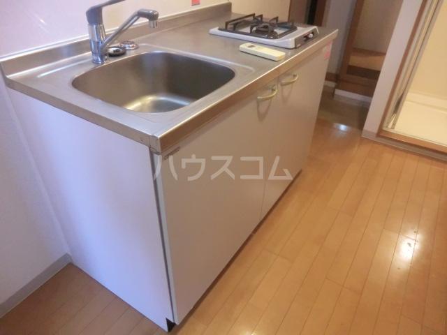 Un Brillant 305号室のキッチン