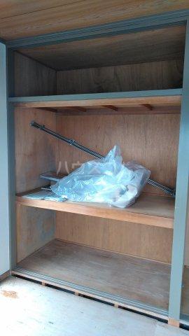 カーサ・アゼリア 301号室の収納