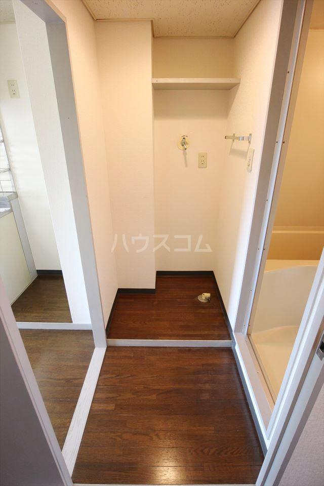 ハイフィールド浦和Ⅴ 201号室の洗面所