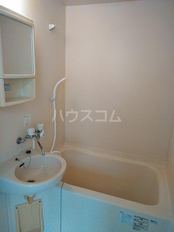 シャルモアM 203号室の風呂