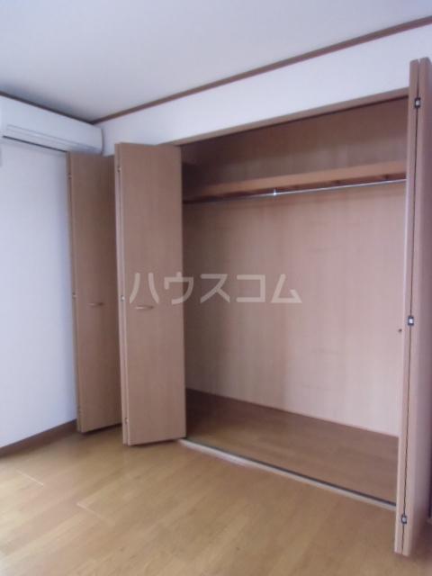 シャルモアM 203号室の収納