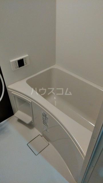 グランクオーレ武蔵浦和 102号室の風呂