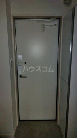 グランクオーレ武蔵浦和 301号室の玄関