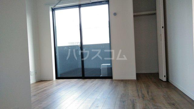 グランクオーレ武蔵浦和 301号室の居室