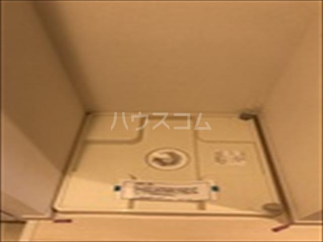 リブリ・TRIPOLISⅢ 103号室の洗面所