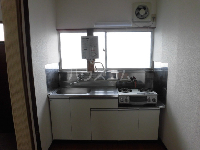 第2ひばり荘 00102号室のキッチン