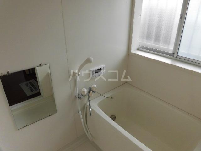 第2ひばり荘 00102号室の風呂