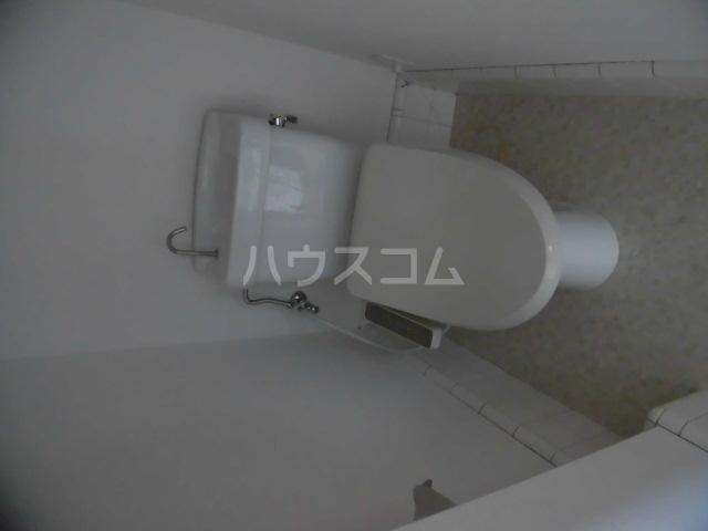第2ひばり荘 00102号室のトイレ