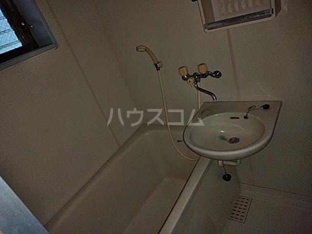 第2フラッツ京明 103号室の風呂