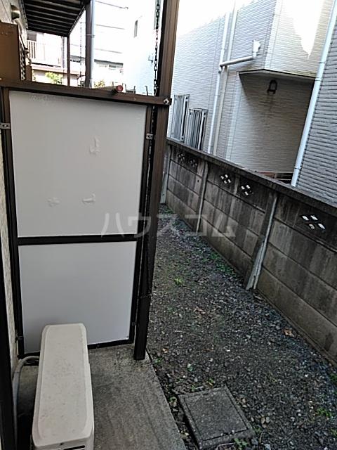 第2フラッツ京明 103号室のバルコニー