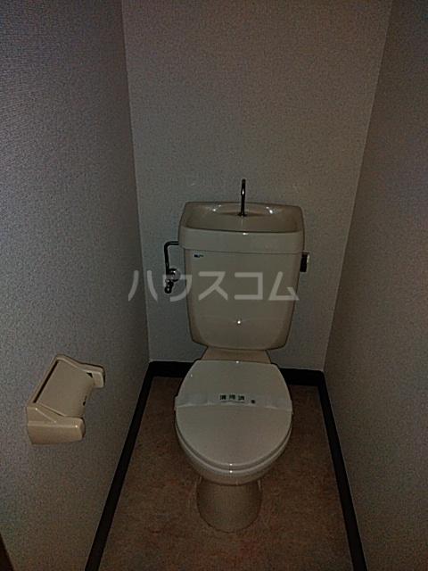 第2フラッツ京明 204号室のトイレ