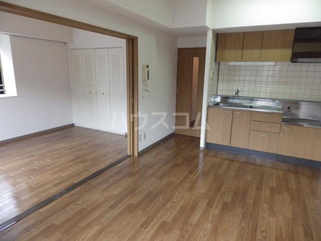 サン・ボヌール 201号室のキッチン