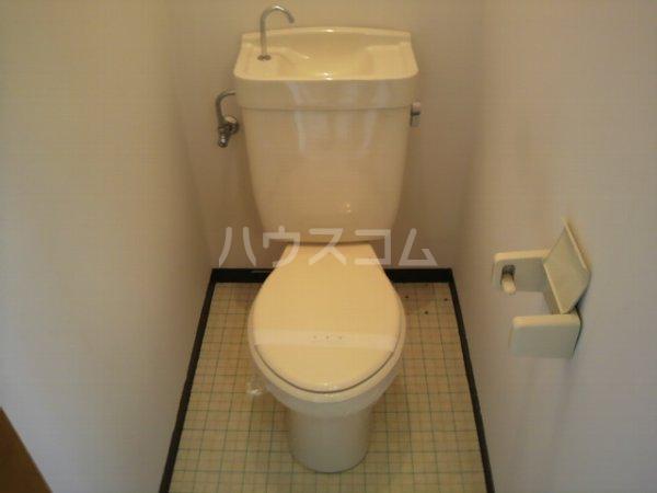 カレッジK 2-B号室のトイレ