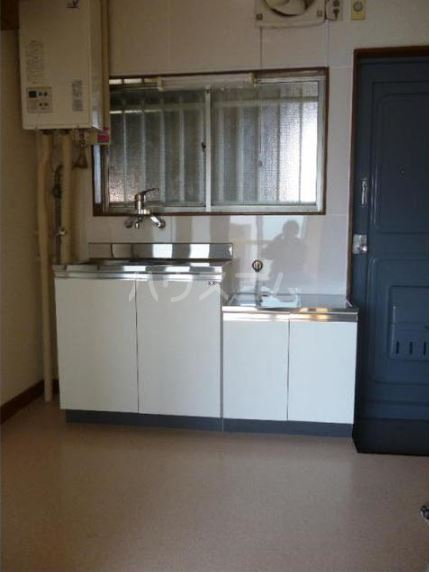 佐久間コーポ 302号室のキッチン
