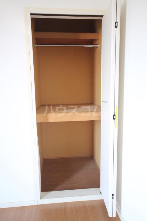 岡本ハイツ 101号室の収納