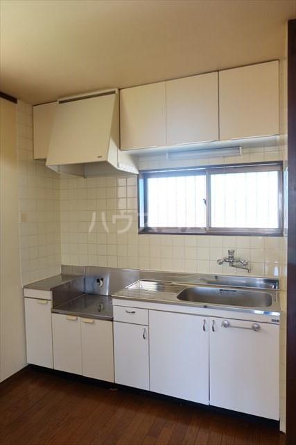 あずさハイツ 207号室のキッチン