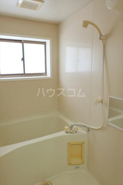 あずさハイツ 207号室の風呂