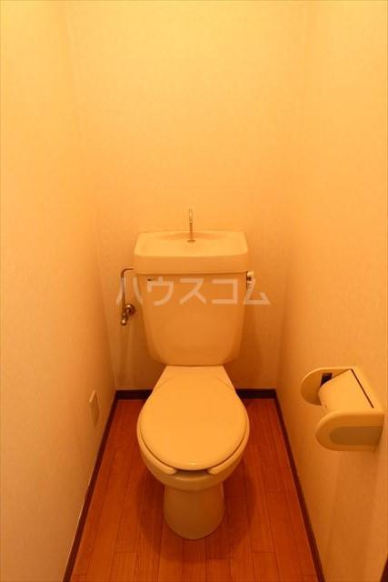 あずさハイツ 207号室のトイレ