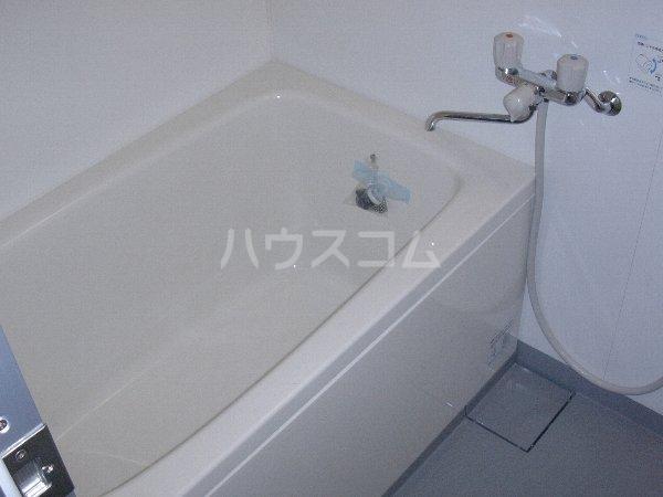 西沢マンション 102号室の風呂