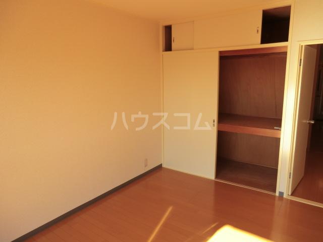 西沢マンション 102号室のベッドルーム