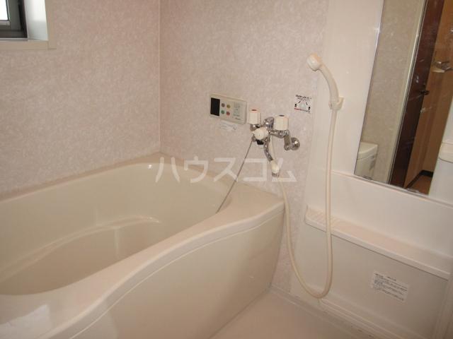 グレイスピュア 106号室の風呂