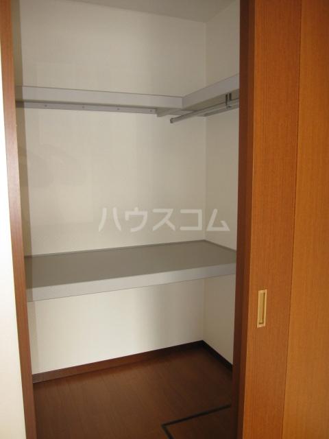 グレイスピュア 106号室の