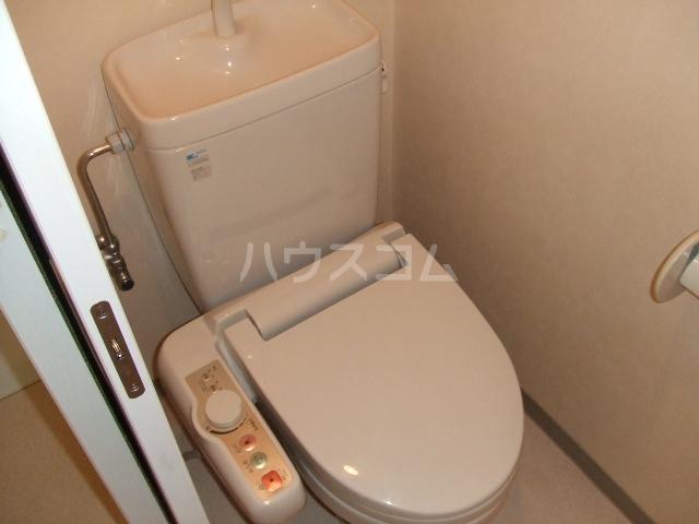 第10秋葉ビル 206号室のトイレ