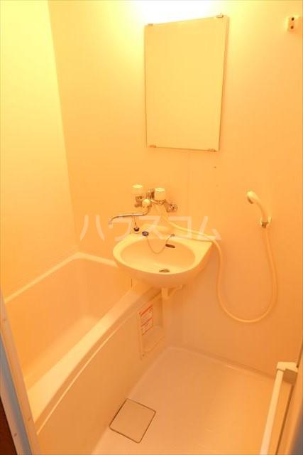 ベルファーレヒルズ 103号室の風呂