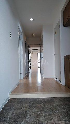ラ・アミスタ武蔵浦和 406号室の玄関