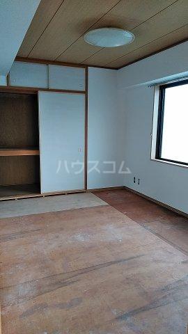 ラ・アミスタ武蔵浦和 406号室の居室