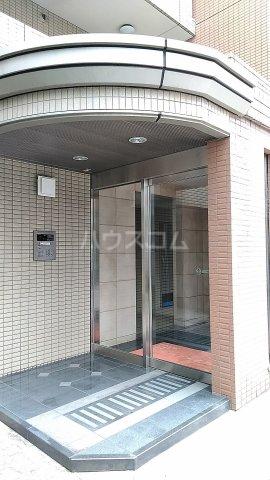 マーブル北戸田 201号室のエントランス