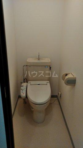 ドゥボヌール 305号室のトイレ